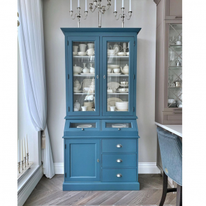 Manuelle шкаф-витрина